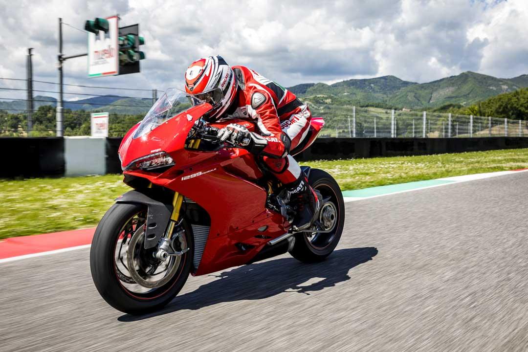 Ducati Panigale 1299 - Panigale 1299s scarponi TCX - Foto di Roberto Bragotto